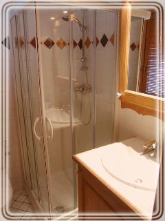 Villa Vallet 1 Shower Room