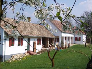 Pear Cottage, Ganna