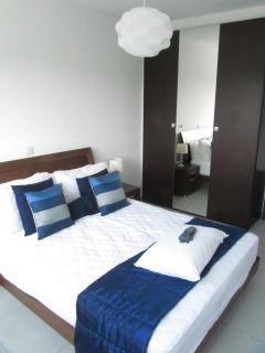 C23 Bedroom & Wardrobe