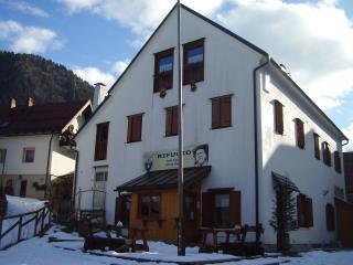 Rifugio casa alpina 'J. Kugy'