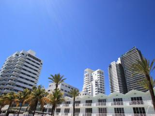 3 Room Metropolitan Oceanfront Suite at Shelborne South Beach