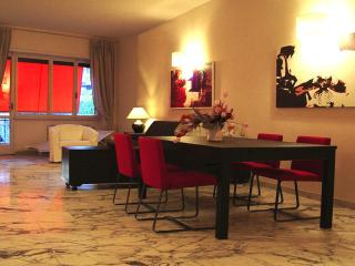FALCONIERI APARTMENT, Rome
