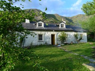 Superb Renovated Historic 3 Bed Cottage Llanberis