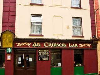 An Cruiscin Lan, Sligo