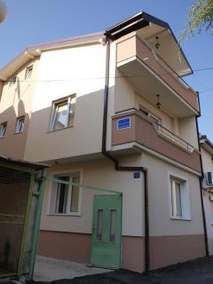 Bogdanoski Studios & Guesthouse