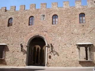 Palace Stiozzi Ridolfi, Certaldo