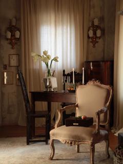 Details in Romantic Suite