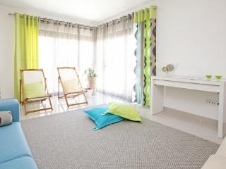 HolidayOn…J Design Apartments, Baleal