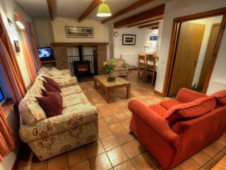 Ashlea Cottages -Dunluce House