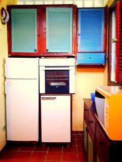 2 Refrigerator plus Oven