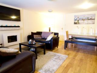 Central - New Town Apartment, Edinburgh