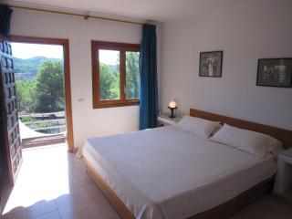 bonita villa montañera, Ibiza