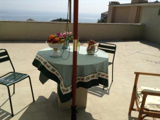 Apartment near the sea and center town, Formia