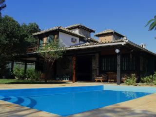 Confortável casa com piscina privada, perto praia, Búzios