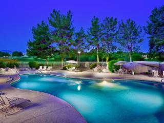 Flash Promo 10% Off Now | 5 Pools, Prime Location, Phoenix