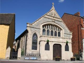 Chapel House is a beautifully converted 5 bedroom Methodist Chapel