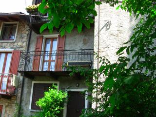 Lovely apartment Antonella, Bellano