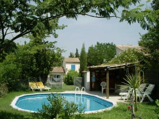 Mazet avec piscine au coeur de la Provence