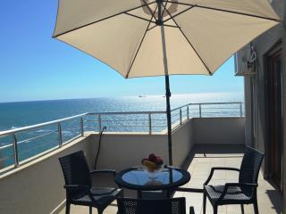 Sea View Apartment Durres - 58