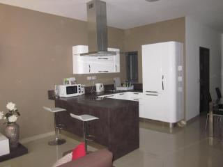 St. Julians Malta new modern 2 bedroom maisonette, Saint Julians