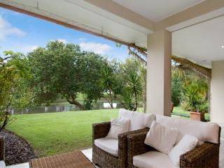 The Lakes Coolum Luxury Villa 21