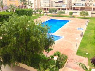 Apartamento 100m2 3 hab piscina y playas, Alicante