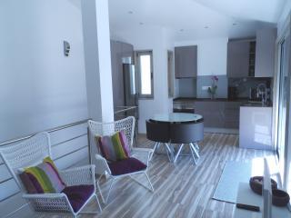 Apartamento Duplex Novo, junto é praia