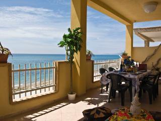villa sul mare' veranda di 50m2 panoramica', Ribera
