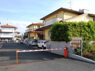 Elena House - Villetta  con giardino esclusivo.