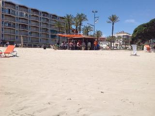 Gebouw DMS 2  La Pineda Costa Dorada, vlakbij zee