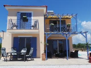 Villa FINIKI Messinia2 (upstairs)