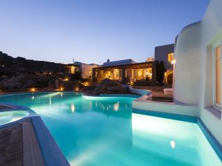 Selena - Privacy and exceptional sea views, Mykonos Town
