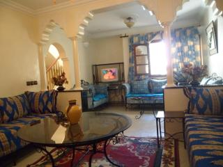 3 Bedroom Beach Side House Ref:1094, Agadir