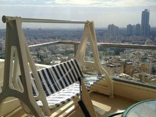 3 bedroom apartment with panoramic view in Bat Yam
