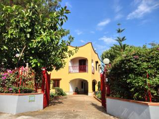Appartamento in villa con giardino e vista mare, Trabia