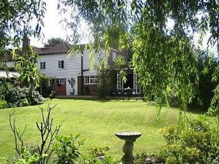 76107 - Kingshoath, Ewhurst Green