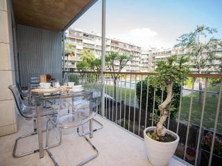 Modern apartment in Poblenou with terrace and pool