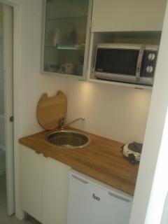 rincón cocina con microondas