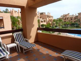 2 bed apt in Hacienda Del Sol