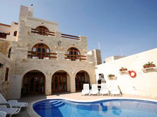 Lellux Holiday  Bed and Breakfast, Qala