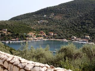 Chronos apartment  - Quiet area close to the sea, Sivota
