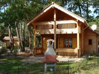 Chalet arcachon dans parc de loisirs, La Teste-de-Buch
