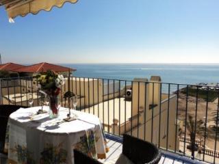 Espectacular Ático en primera línea de mar, Sitges