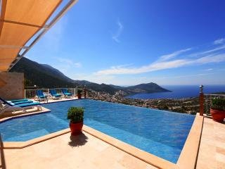Mini villa in Akbel, fantastic sea views
