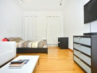 Amazing UES renovated studio!, Nueva York