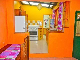 Cozy 1 Bedroom Apartment, San Cristóbal de las Casas