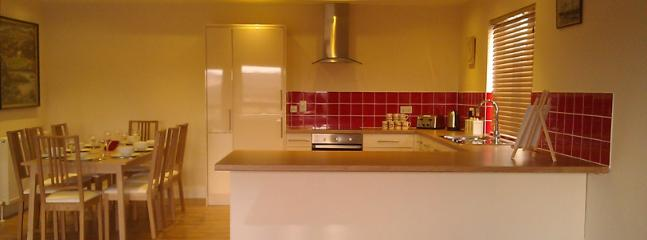 Large fully fitted kitchen perfect to put together a feast of local produce