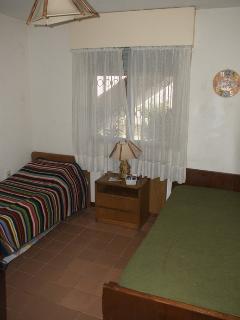 Cuarto con 2 camas simples