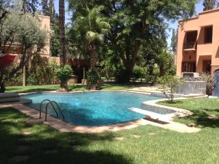 Private VILLA / POOL / PARK near MAMOUNIA  HOTEL, Marrakech