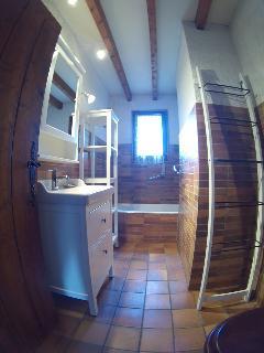 Salle de bain, baignoire, wc